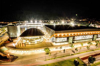 Foto Olympiahalle in der Nacht