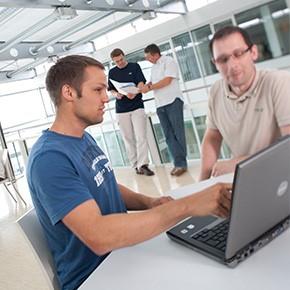 Start-up Workshop auf der Atriumterasse im IT-Center des Softwarepark Hagenberg.